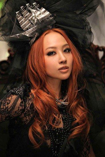Magic dance-徐颢菲(MP3歌词/LRC歌词) lrc歌词下载 第1张