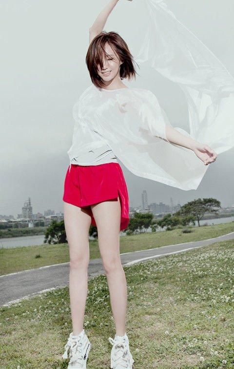 主角-Linda廖语晴(MP3歌词/LRC歌词) lrc歌词下载 第3张