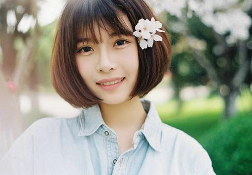微笑的脸-上官瑞瑞&YY(MP3歌词/LRC歌词) lrc歌词下载 第1张